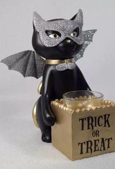 Yankee Candle SPELLBOUND Sophia Cat Trick Or Treat Votive/Tea Light Holder | eBay