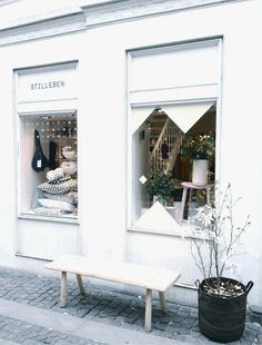 Stilleben, Copenhagen: Home Interiors and Design Store Shop Front Design, Store Design, Exterior Design, Interior And Exterior, Cafe Interior, Shop Facade, Store Windows, Shop Fronts, Retail Space