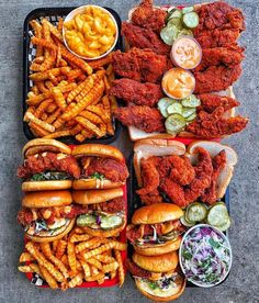 food porn Nashville is known for their hot chicken. Find out what the best places are to get this southern speciality. Think Food, I Love Food, Good Food, Yummy Food, Healthy Food, Tasty, Fun Food, Healthy Recipes, Best Junk Food