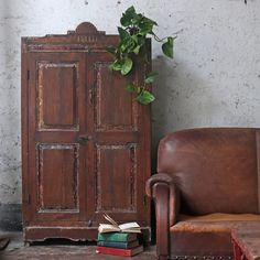 A vintage pantry cupboard is a great way to introduce your kitchen, bedroom or living room to the glam dark woods trend. #vintage #vintagefurniture #home #homedecor #homestyle #glamdarkwoods #interior #homeinterior #decor #decorideas #homedecorideas