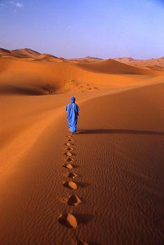 Walking on the Sahara Desert - Africa