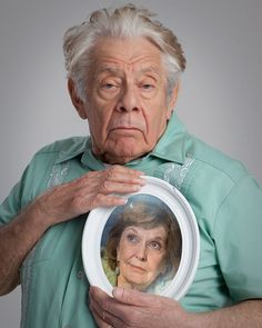 Jerry Stiller and Anne Meara After so Many Years being together. She Pass Away on May 23, 2015. May she Rest in Peace. She was a beloved Actresses and Wife to Jerry Stiller. Most of all Mother to Ben Stiller. She will dearly be Miss. Our Prayers to your Family and Love ones.