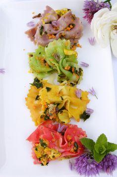 Farfalle Primavera ai Fiori del Giardino recipe using roses and other edible flowers