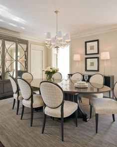 Dining room ©Kristin Peake Interiors