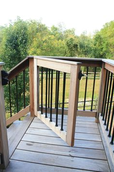 Install a gate at the top of a potentially dangerous staircase, we've got you covered. Our Lancaster County deck builders can help to secure your new deck or staircase to ensure safety for both your little ones and furry friends alike. Patio Chico, Rustic Deck, Building A Porch, Deck Building Plans, Deck Builders, Cool Deck, New Deck, Deck Railings, Deck Stairs
