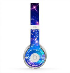 The Glowing Pink & Blue Starry Orbit Skin for the Beats by Dre Solo 2 Headphones from DesignSkinz. Saved to Beats. Best In Ear Headphones, Pink Headphones, Earbuds With Mic, Bluetooth Headphones, Beats By Dre, Iphone Accessories, Cool Stuff, Pink Blue, Audiophile