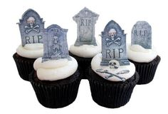 Edible Tombstone cupcake toppers by incrEDIBLEtoppers on Etsy Halloween Birthday Cakes, Halloween Cupcakes, Halloween Treats, Halloween Party, Halloween Decorations, Cake Decorations, Holiday Treats, Holiday Fun, Cute Cupcakes