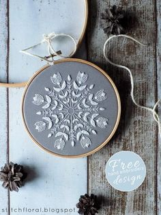 Snowflake Mandala: Winter inspired embroidery freebie #Snowflakes