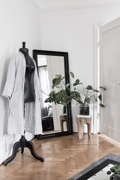 Last Sunday I headed over to my friend Genevieve Jorn 's apartment in the centre of town. Interior designer Gen, Danish husband Kasper and ...