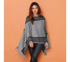 Pončo dvoubarevné pletené | vyprodej-slevy.cz #vyprodejslevy #vyprodejslecycz #vyprodejslevy_cz #sweater #svetr #pulover #pulovr Pull Poncho, Bell Sleeves, Bell Sleeve Top, Pulls, Crochet, Tunic Tops, Bikini, Blouse, Long Sleeve