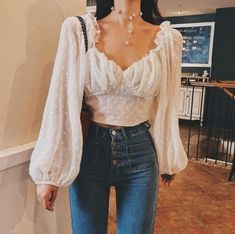 Was für eine verträumte Bluse / Outfit - - beth Mode Outfits, Trendy Outfits, Fashion Outfits, Womens Fashion, Dress Fashion, Girly Outfits, Classy Outfits, Fashion Clothes, Black Dress Outfits