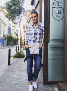 Ρούχα και παπούτσια που έχει φορέσει σε πρόσφατες εμφανίσεις της η Αθηνά Οικονομάκου