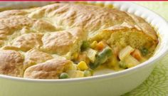 This pot pie couldn't be easier. It's loaded with chicken and vegetables … This pot pie couldn't be easier. It's loaded with chicken and vegetables in a creamy sauce and baked under an impossibly easy crust. Homemade Chicken Pot Pie, How To Cook Chicken, Cooked Chicken, Chicken Soup, Easy Chicken Pot Pie Recipe With Bisquick, Taste Of Home Chicken Pot Pie Recipe, Chicken Casserole, Rotisserie Chicken, Campbells Chicken Pot Pie