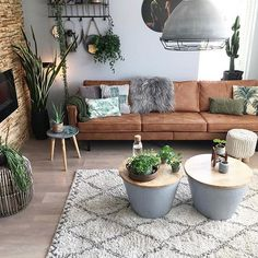 Minimalist Living Room Ideas – Need tips on mastering the ins as well as outs . Minimalist Living Room Ideas – Need tips on mastering the ins as well as outs … , Home Living Room, Interior Design Living Room, Living Room Designs, Living Room With Desk, Living Room Decorations, Living Room With Plants, Living Room Apartment, Earthy Living Room, Living Room Decor Brown Couch