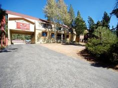 Mammoth Lakes (CA) Rodeway Inn Wildwood United States, North America Ideally located in the prime touristic area of Mammoth Lakes City Center, Rodeway Inn Wildwood promises a relaxing and wonderful visit. Offering a variety of facilities and services, the hotel provides all you need for a good night's sleep. 24-hour front desk, facilities for disabled guests, express check-in/check-out, Wi-Fi in public areas, car park are there for guest's enjoyment. All rooms are designed and...