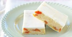 This no-bake coconut apricot slice is the perfect pick-me-up for a work lunch-box. Apricot Slice, No Bake Slices, Coconut Slice, Cake Recipes, Dessert Recipes, Biscuits, Coconut Recipes, Apricot Recipes, Veg Recipes