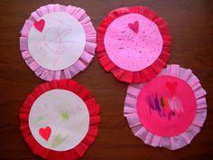 crepe paper circle valentines. love the idea of round valentines!