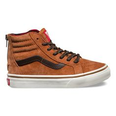Sizing Notes: Due to flannel lining, this style runs 1 full size smallThe Sk8-Hi Zip MTE revamps the legendary Vans high top with weatherized additions designed for the elements. Featuring premium Scotchgard®-treated uppers, warm linings, and a heat retention layer between sockliner and outsole that keep feet warm and dry, the Sk8-Hi Zip MTE also includes a zipper entry at the heel, signature waffle rubber outsoles, and padded collar and heel counters for support and flexibility.
