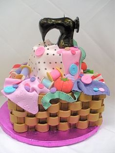 Oh my-Fantastic!!!! Sewing machine Cake! Wonder if I could have someone make this for you momma! :)