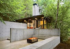 △☆idb Small #Modern #Cabin on a River in a Harmony with Natural Surroundings | Architects Schuchart/dow