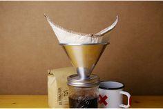 これまでにも様々な「メイソンジャー」の楽しみ方を紹介してきましたが、今回はコーヒードリッパー「Pour Mason」。コーヒーを...