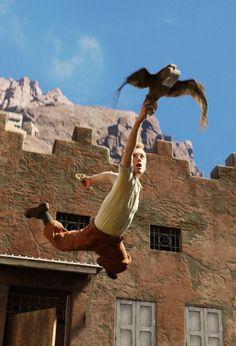 Voilà Tintin qui fait l'acrobate... Comme toujours! :')