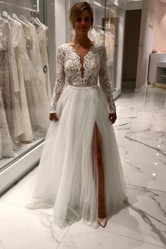 Long sleeved embellished wedding dress with daring style. Wedding Dresses For Curvy Women, Wedding Gowns With Sleeves, Wedding Dresses Plus Size, Gold Bridesmaid Dresses Uk, Red Bridesmaids, Prom Dresses, Christmas Wedding Dresses, Diy Wedding Dress, Shower Dresses
