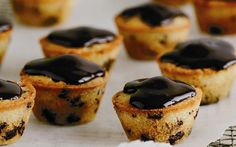 Mini choc chip friands recipe - By Australian Women& Weekly, These mini choc chip friands can be made a day ahead if you& baking to entertain, and go down a treat with a cup of good coffee. They also freeze well, just don& ice them beforehand. Friands Recipe, Delicious Desserts, Dessert Recipes, Individual Desserts, Small Cake, Almond Cakes, Gluten Free Cakes, Pastry Cake, Almond Recipes