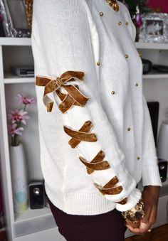18 Creative DIY Sweaters for the Next Fall and Winter