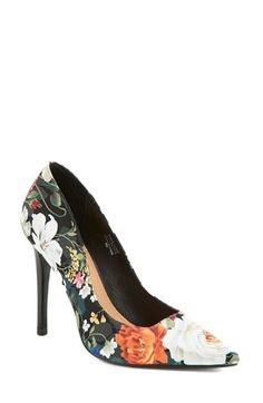Free shipping and returns on Halogen® 'Mattie' Pointy Toe Pump (Women) at Nordstrom.com. Be the talk of the town whenever you step out in Halogen's Mattie pump. The pointy-toe style is both modern and feminine in a rich, floral print that makes an elegant statement when paired with the glossy stiletto heel.