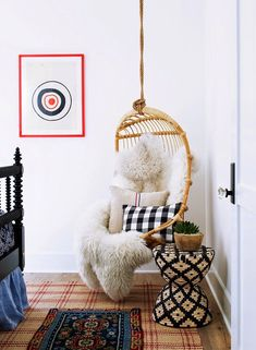 love this fun hanging chair