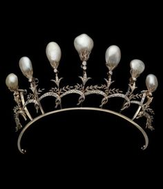 Diadem of gold, silver, diamonds and natural pearls, Chaumet, Paris, 1897.
