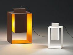 Portable outdoor lamp PORT by @VIBIA | Design Josep Lluís Xuclà