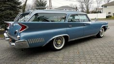 """New Yorker Town and Country wagon… 1961 Mopar Monday "" Chrysler Cars, Chrysler 300, Town And Country Car, Station Wagons For Sale, Chrysler New Yorker, American Auto, Us Cars, Chevrolet Impala, Mopar"