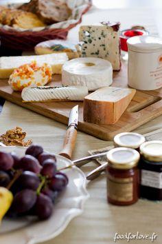 Autour d'un Plateau de Fromages ... - Food for Love Food For Love, Recipe Please, Bon Appetit, Dairy, Cheese, 2013, Breakfast, Recipes, Tables