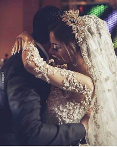 Wedding Couple Poses Photography, Wedding Poses, Wedding Photoshoot, Wedding Couples, Cute Couples, Muslim Wedding Dresses, Princess Wedding Dresses, Bridal Wedding Dresses, Dream Wedding Dresses