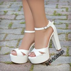 Jovia White Open Toe Thick High Heel Shoes- Jovia White Open Toe Dicker Absatz Schuhe Jovia White Open Toe Thick Heel Shoes – Source by shoes Converse Wedding Shoes, Wedge Wedding Shoes, Bride Shoes, White Wedding Heels, Wedding Boots, Wedding Dress, White Heel Boots, White Heels, Shoe Boots