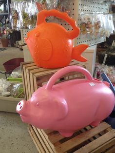 #wateringcans  adorable watering cans at Piechniks http://cliogreenhouse.com/