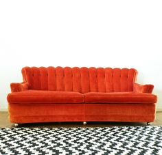 Fab Combo: Chevron Rug & Orange Sofa via Vintage Revivals Retro Living Rooms, Living Spaces, Art Deco Furniture, Home Furniture, Orange Couch, Red Sofa, Retro Couch, Removable Vinyl Wall Decals, Chevron Rugs