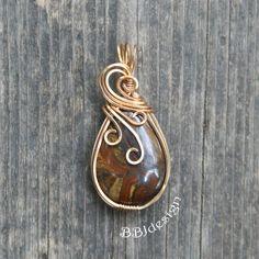 Copper Wire Jewelry, Wire Jewelry Designs, Rock Jewelry, Wire Pendant, Wire Wrapped Pendant, Wire Wrapped Jewelry, Bronze, Wire Weaving, Bijoux Diy