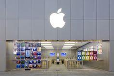 A Apple Store brasileira deve ser inaugurada no dia 7 de dezembro. O estabelecimento será instalado no Village Mall, localizado na zona oeste do Rio de Janeiro. As informações foram divulgadas pelo site da INFO.