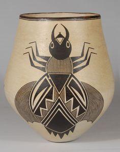 Acoma contemporary pottery Native American Animals, Native American Pottery, Pottery Painting, Pottery Art, Ancient Symbols, Mayan Symbols, Viking Symbols, Egyptian Symbols, Viking Runes