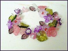"""""""Loves Garden"""" Bracelet of Lucite Flowers the by K for """"Trifles & Whimsy"""" on Etsy"""