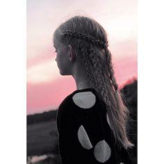 Watching the sunset  #dutchbraid #fourstrandbraid #slideupbraid #kesäkampaus #lettikampaus #letitys #braid #braids #braiding #braidideas #braidinghair #braidsforlittlegirls #braidsforlittlegirls #hblweeklychallenge3  cr: @luukazoid @braidinginspiration #HotBraidsMara #featuremejehat #featuremeisijatytot #gotbattlebraids