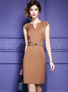 Shop Work Belted V-neck Splicing Bodycon Dress at EZPOPSY. Day Dresses, Dress Outfits, Nice Dresses, Short Dresses, Dresses For Work, Formal Dresses, The Dress, Dress Skirt, Bodycon Dress