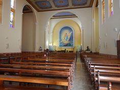 Interior da Catedral de Santo Antônio em Chapecó. A Catedral de Santo Antônio é conhecida como Igreja Matriz de Chapecó.