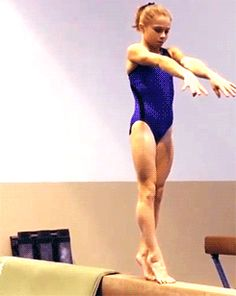 (gif of Ragan Smith training a standing piked full) she is so amazing!!!