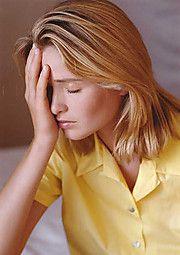 Kopfschmerzen und Müdigkeit sind Symptome bei Eisenmangel