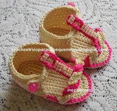 Booties Crochet, Crochet Baby Sandals, Knit Boots, Baby Girl Crochet, Crochet Shoes, Crochet Baby Booties, Crochet Slippers, Cute Crochet, Crochet Clothes
