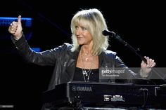 Fleetwood Mac& Lindsey Buckingham and Christine McVie are working on a duet album together that they& release under the moniker Buckingham McVie. Fleetwood Mac Lindsey Buckingham, Christine Perfect, Mac S, Stevie Nicks, Great Bands, Album, Celebrities, People, Celebrity